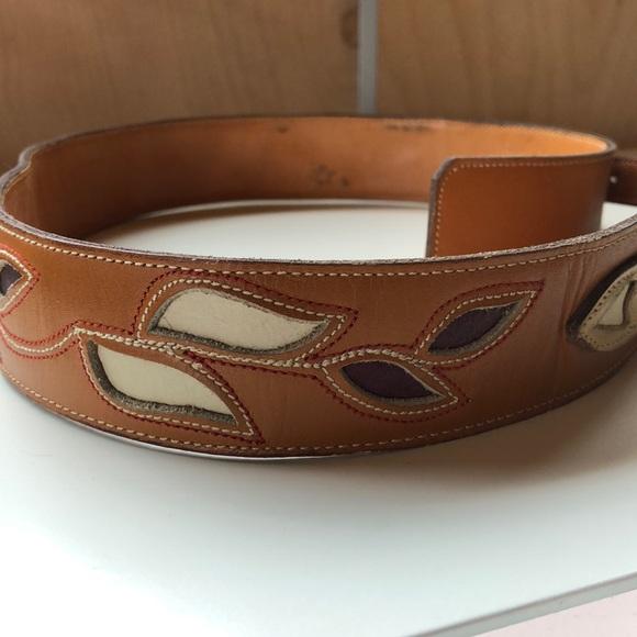 cd6b4c843ec2 Ralph Lauren vintage WESTERN cutout leather belt. M 5ae4813305f430ceef6b2e41